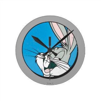 Reloj Redondo Mediano Remiendo azul retro del ™ de BUGS BUNNY