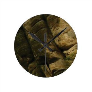 Reloj Redondo Mediano rocas grises del estruendo