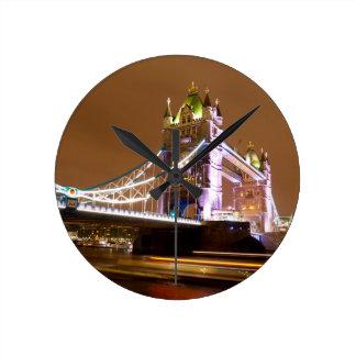 Reloj Redondo Mediano Tarde del puente de la torre