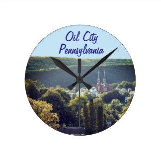 Reloj Redondo Mediano Tiempo de la ciudad del aceite