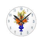 Reloj Redondo Mediano Tigre victoriano Lily Bouquet en la Base Azul de C