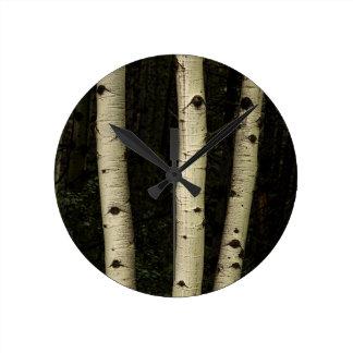 Reloj Redondo Mediano Tres pilares del bosque