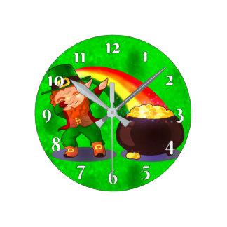 Reloj Redondo Mediano Verde claro