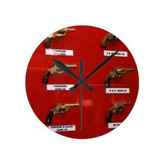 Reloj Redondo Mediano Viejas Seis-pistolas del oeste