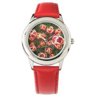 Reloj rojo rojo y blanco del acero inoxidable de