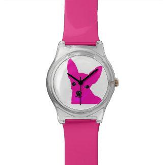 Reloj rosado de la chihuahua