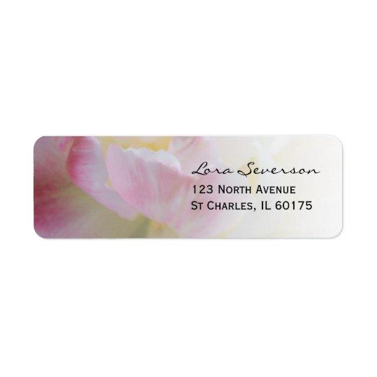 Remite de la flor rosada y blanca del tulipán etiqueta de remite