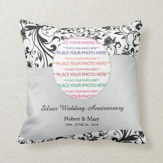 Remolino negro y 25to aniversario de boda de la cojín decorativo