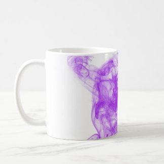 remolinos del humo taza de café