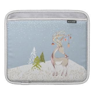 Reno y petirrojo lindos en la nieve funda para iPad