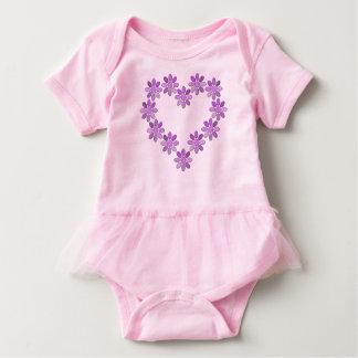 Representación de corazón body para bebé
