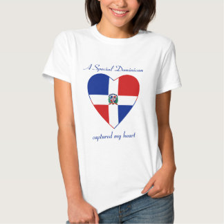 Representante dominicano. Camiseta del amor de la
