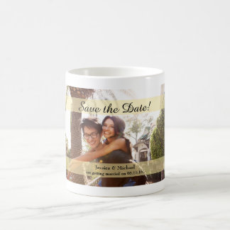 Reserva de encargo del boda de la foto la fecha taza de café