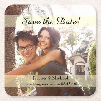 Reserva del boda de la foto del compromiso la posavasos de papel cuadrado