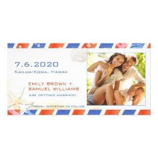 Reserva del boda de playa del correo aéreo la foto tarjeta