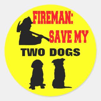 Reserva del bombero mis dos perros pegatina redonda