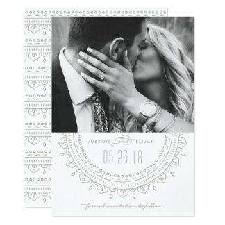Reserva del medallón la tarjeta de fecha - ceniza invitación 12,7 x 17,8 cm