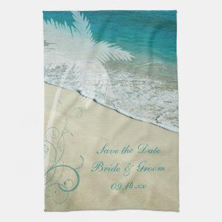 Reserva tropical del boda de playa la fecha toalla de cocina