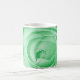 Reserva verde clara la fecha taza básica blanca