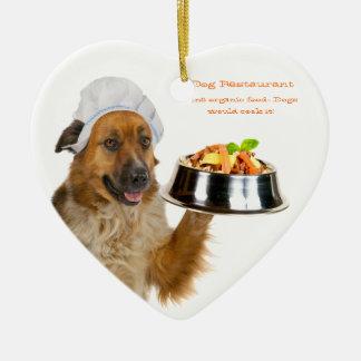 Restaurante del perro adorno de cerámica en forma de corazón