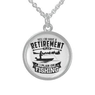 Retiro de la pesca collar de plata de ley