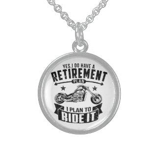 Retiro del motorista collar de plata de ley