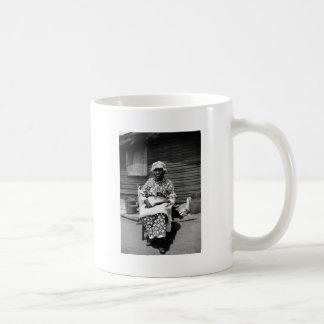 Retrato auxiliar anterior, los años 30 taza básica blanca