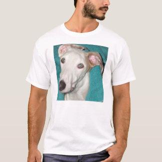 Retrato de la guapa camiseta