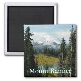 Retrato de la montaña del Monte Rainier Imán