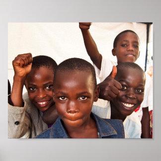 Retrato de los niños felices del Ugandan Póster