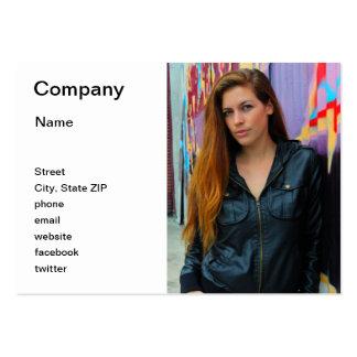 Retrato de una mujer joven plantillas de tarjetas de visita