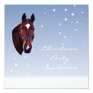 Retrato del caballo de la castaña con la estrella comunicado