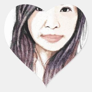 Retrato hermoso de una mujer asiática pegatina en forma de corazón
