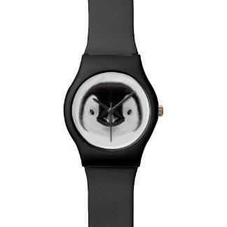 Retrato ilustrado del polluelo del pingüino de reloj de pulsera