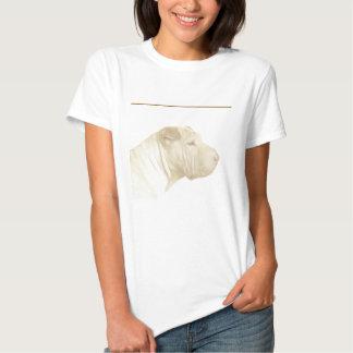 Retrato rubio de Shar Pei en blanco Camisetas