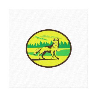 Retro oval del paisaje de la montaña del coyote lona envuelta para galerias