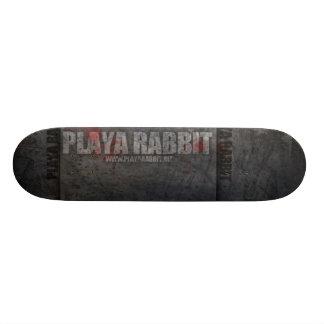 Retroceso y empuje del conejo de Playa Tablas De Skate