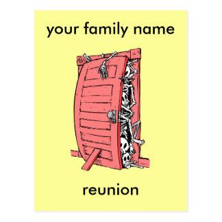 reunión de familia divertida postal