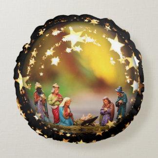 Reyes de Jesús José del Virgen María del pesebre Cojín Redondo