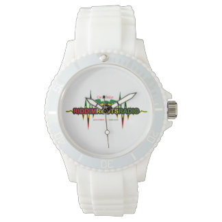 Riddim arraiga el reloj blanco del silicio de las
