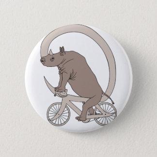 Rinoceronte que monta con su bici del cuerno chapa redonda de 5 cm