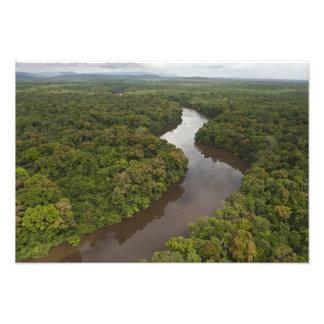 Río de Essequibo, el río más largo en Guyana, y 5 Fotografia