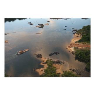 Río de Essequibo, el río más largo en Guyana, y Arte Fotografico