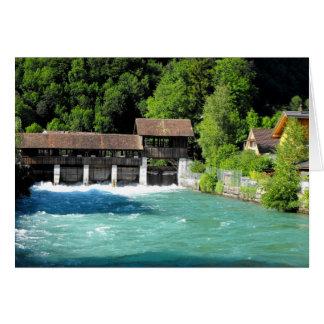 Río en Interlaken del oeste en Suiza Tarjeta