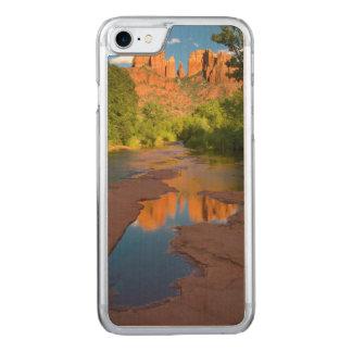 Río en la travesía roja de la roca, Arizona Funda Para iPhone 8/7 De Carved