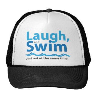 Risa y nadada… apenas no al mismo tiempo gorros bordados