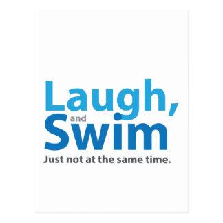 Risa y nadada… pero no al mismo tiempo postal
