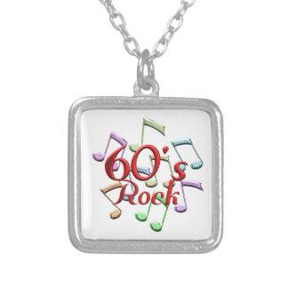 roca 60s collar plateado