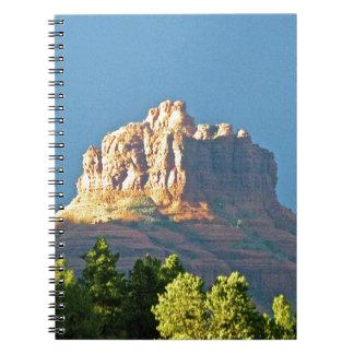 Roca de Bell de las montañas de Sedona Libro De Apuntes Con Espiral