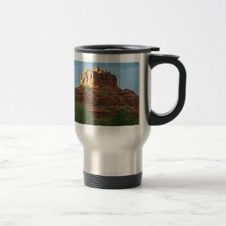 Roca de Bell de las montañas de Sedona Tazas De Café